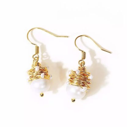 Natural Pearls Dangle Earrings Gold Wire